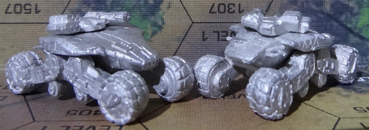 Der Chalchiuhtotolin Support Tank von vorne rechts und hinten rechts – anklicken für ein größeres Bild